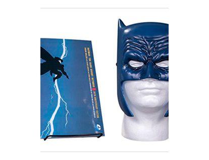 comic-batman-the-dark-knight-returns-book-mask-set-2-9781401267742