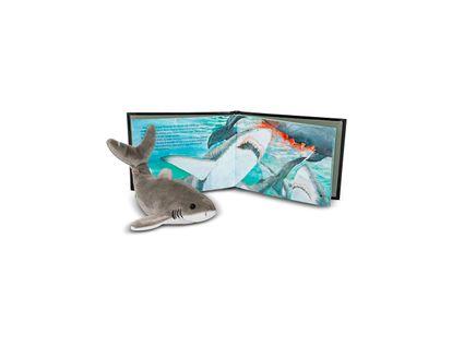 gran-tiburon-blanco-reina-en-el-mar-coleccion-jardin-smithsonian--2--325367
