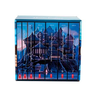 special-edition-harry-potter-paperback-box-set-1-9780545596275