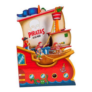 piratas-a-la-mar-1-9789587666465