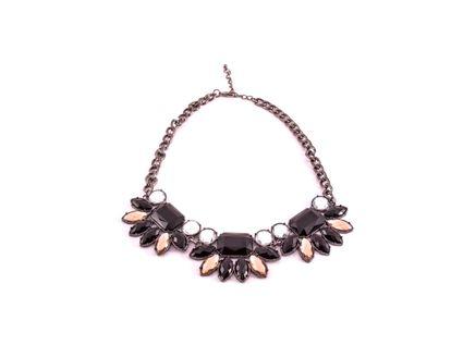 collar-metalico-y-dijes-con-diseno-de-flor-1-7701016011150