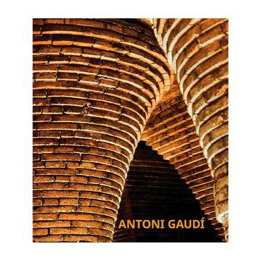 antoni-gaudi-9783741919190