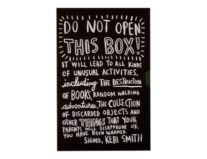 do-not-open-this-box-set-4-books-2-9780141978352