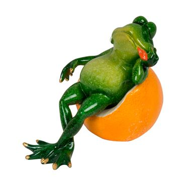 figura-de-rana-sobre-naranja-en-polirresina-7701016235860