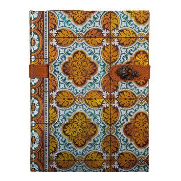 libreta-ejecutiva-con-broche-hojas-rayadas-diseno-azulejos-dorados-1-9788416055289