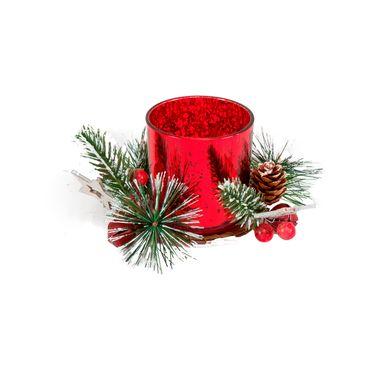 Candelabro-rojo-con-piñas-y-decoracion-tipo-nieve