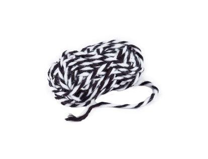 lana-blanco-y-negro-por-24-mt-7701016485128