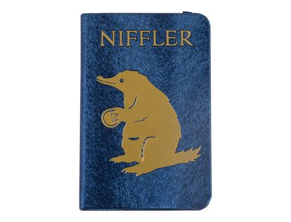 agenda-the-crimes-of-grindelwald-niffler-9781683836551