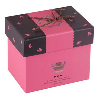 caja-de-regalo-10-5-cm-x-11-7-cm-x-8-5-cm-fucsia-y-cafe-con-oso-7701016709095