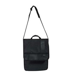 bolso-manos-libres-dos-bolsillos-color-negro-7707211492718