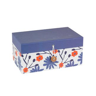 caja-de-regalo-con-flores-morado-y-blanco-7701016871846