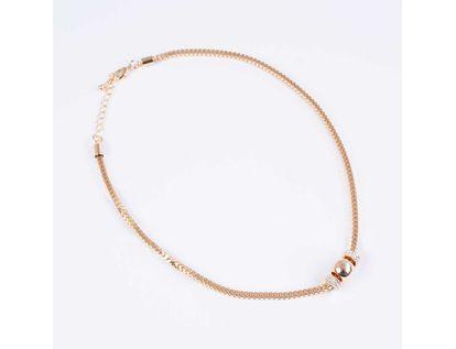 collar-corto-cadeneta-cuadrada-con-esferas-y-cilindros-dorado-7701016876858