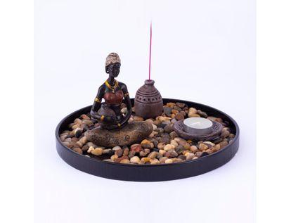 figura-decorativa-diseno-jardin-zen-africana-con-jarra-platon-vela-e-incienso-7701016957380