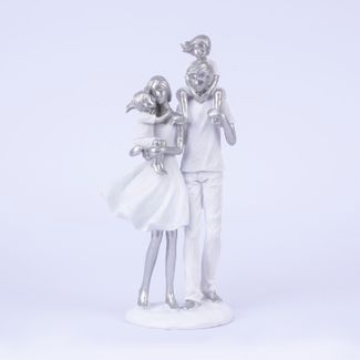 figura-de-familia-vestidos-de-blanco-26-5-cms-7701016996198