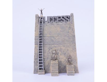 adorno-success-con-personas-en-escaleras-en-pedestal-20-2-x-15-5-cms-7701016996266