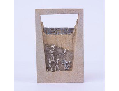 adorno-pedestal-desire-personas-subiendo-21-x-13-6-cms-7701016996273
