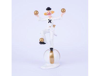 figura-de-payaso-sobre-balon-haciendo-malabares-con-esferas-doradas-29-cms-7701016996754