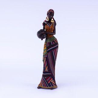 figura-de-mujer-africana-con-jarron-redondo-vestido-de-lineas-y-aretes-triangulares-dorados-7701016957601