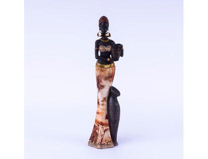 figura-de-mujer-africana-con-jarrones-vestido-colores-tierra-con-arboles-7701016957779