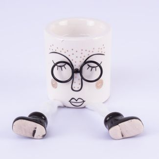 figura-decorativa-diseno-cara-con-gafas-y-porta-vela-7701016989244
