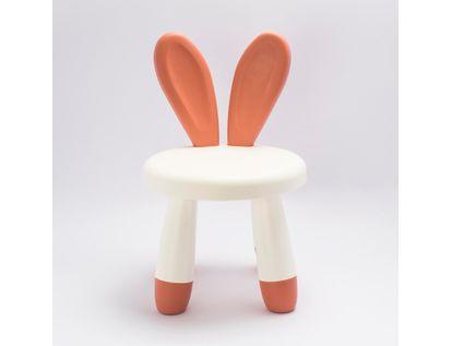 silla-infantil-diseno-orejas-de-conejo-608913