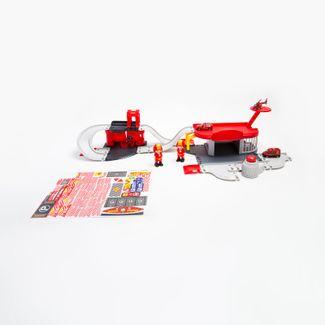 zona-equipo-de-bomberos-con-vehiculos-7701016031578