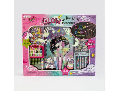 set-de-libreta-y-accesorios-unicornio-glow-in-the-dark-842817090160