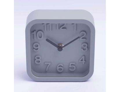 reloj-de-mesa-de-13-cms-forma-cuadrada-color-gris-claro-614291