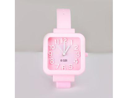 reloj-despertador-rosado-diseno-pulso-cuadrado-614241