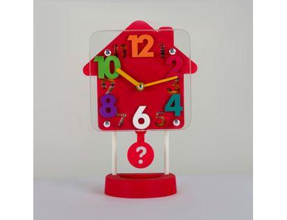 reloj-despertador-rojo-diseno-casa-con-pendulo-614254