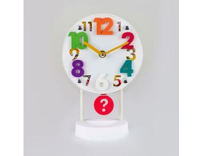 reloj-despertador-blanco-circular-casa-con-pendulo-614256