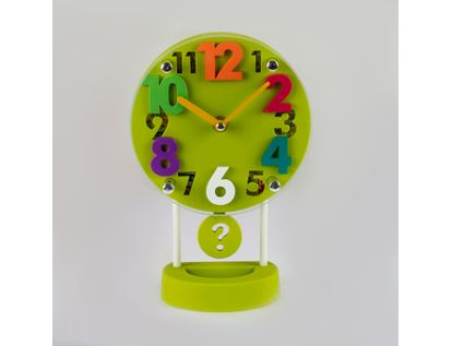 reloj-despertador-verde-circular-casa-con-pendulo-614258