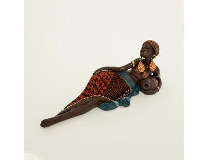 figura-africana-acostada-con-vestido-multicolor-y-jarro-7701016898232