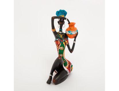 figura-decorativa-mujer-sentada-con-vasija-naranja-614574