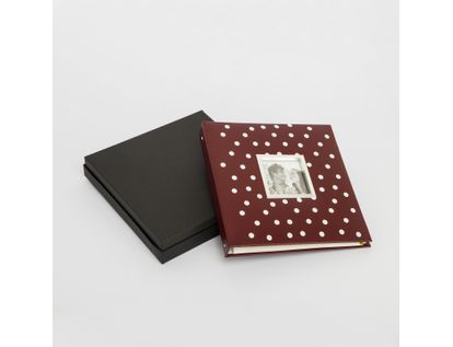 album-fotografico-rojo-de-20-hojas-diseno-circulos-blancos-615036