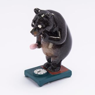 figura-decorativa-11-cm-diseno-oso-pesandose-cafe-oscuro-614594