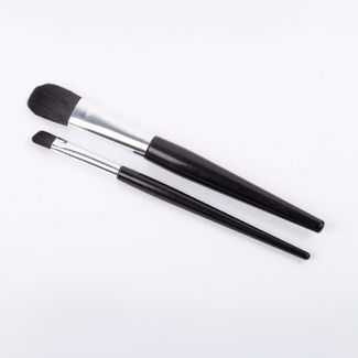 set-brochas-2-piezas-mango-negro-con-plateado-616140