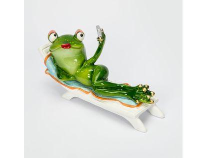 figura-11-x-18-cm-rana-acostada-con-camara-verde-blanco-7701016159005